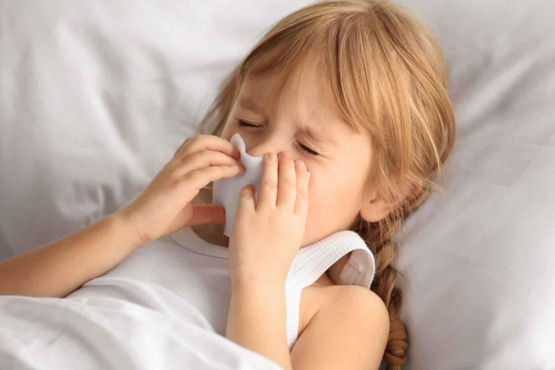 Rhinovirus infection transmission, symptoms & treatment